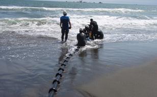 2013年 フィリピン、苫小牧、ケーブル補修工事