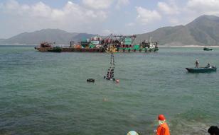 2006 / 1 ~ 12 香港電力 海底ケーブル布設工事
