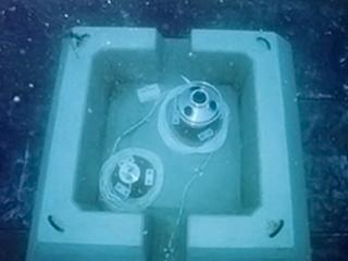 海象観測機器設置完了